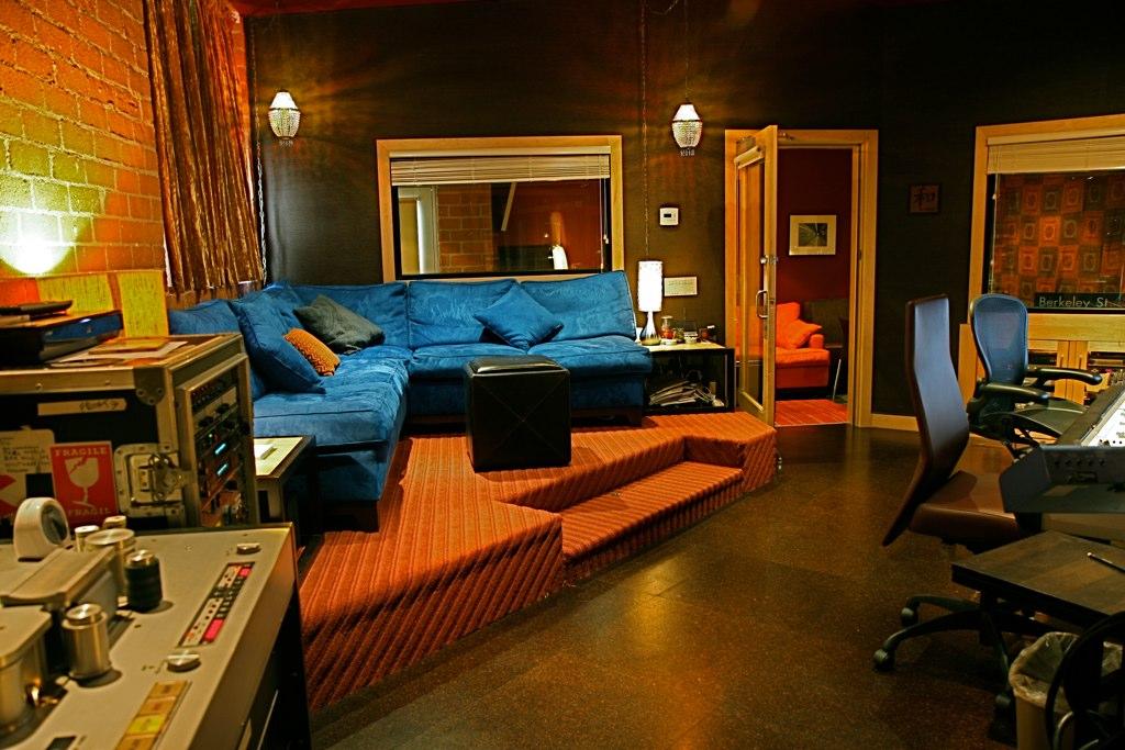 Apogee Studio Kcrw S Apogee Sessions Apogee Electronics