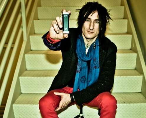 richard-fortus-jam-684x512
