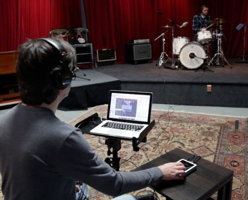 Bob Clearmountain Recording Drums with the Apogee Duet