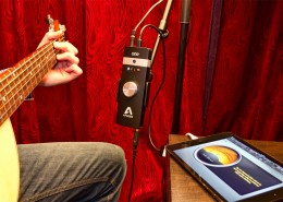 Record Acoustic Guitar with Apogee ONE and iPad