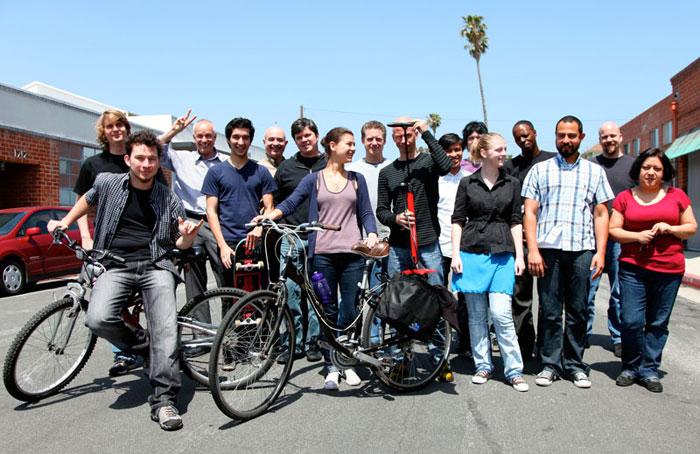apogee-walks-bikes-lg
