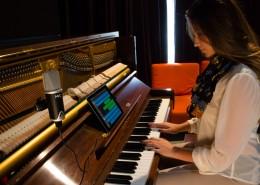 MiC-iPad-GarageBand-Piano-Juliette