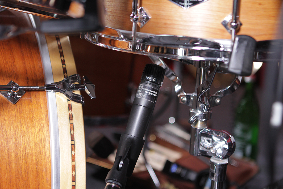 how to record drums with multiple mics apogee electronics. Black Bedroom Furniture Sets. Home Design Ideas