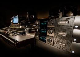 3-SIO-Mk-II-Pro-Studio-Desk-01-1000