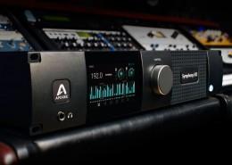 SIO-Mk-II-Pro-Studio-Close-Up-01-1000