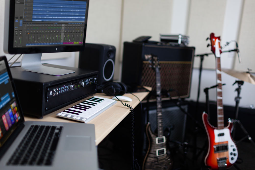 About Page Nov furthermore Apple The  plete Recording Studio With Mac Mini X likewise Home Recording Studio further Ensemble Thunderbolt Home Studio Logic Desk Guitars moreover Hqdefault. on home recording studio mixer setup